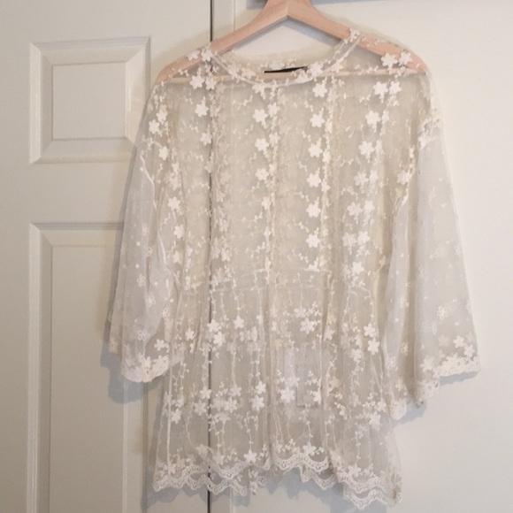 846d1b887ae Zara Sheer Floral Lace Top size XL. M 5a6cd8c431a376c42e4e56ef